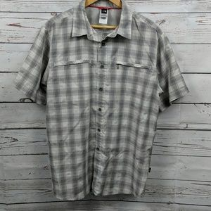 North Face gray plaid button-up Size Large